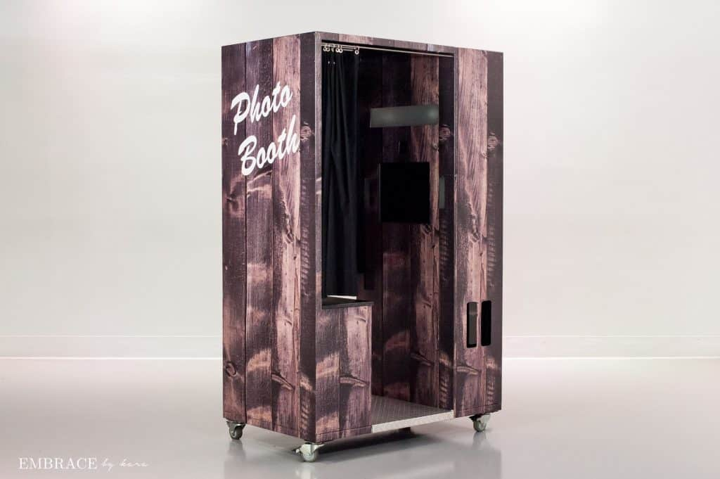 wood classic booth