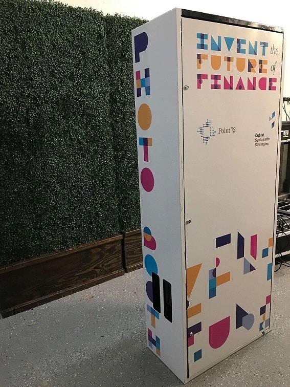custom branded photobooths for tradeshow