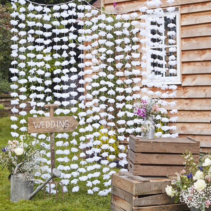 floral photo booth backdrop from etsy store