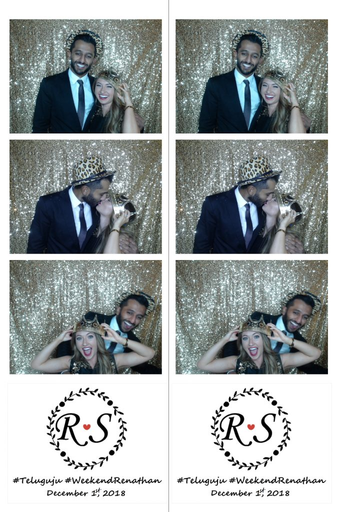 photo booths bring out everyone's romantic side!