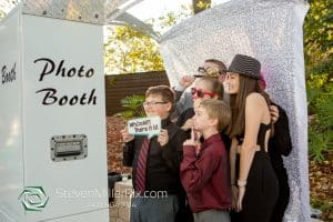 6 Ways to Use a Photo Booth At Your Next Family Event